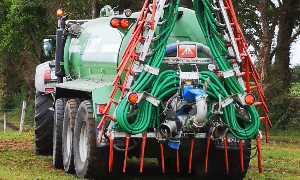 New 10.5m Slurry Applicators